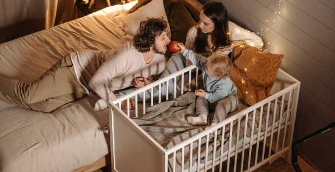 Baby Travel Crib Feature Image